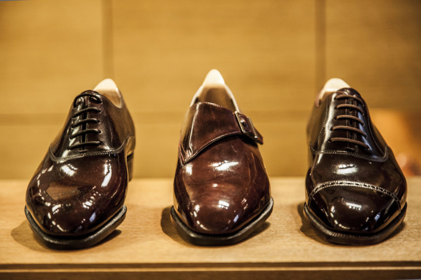 1fe1a5925586 Με γοητεύουν οι polished-leather Chelsea boots και τα black   white saddle  Golf shoes του John Lobb. Όσο γι  αυτά του οίκου Berlutti  Αν ήμουν άνδρας  θα τα ...