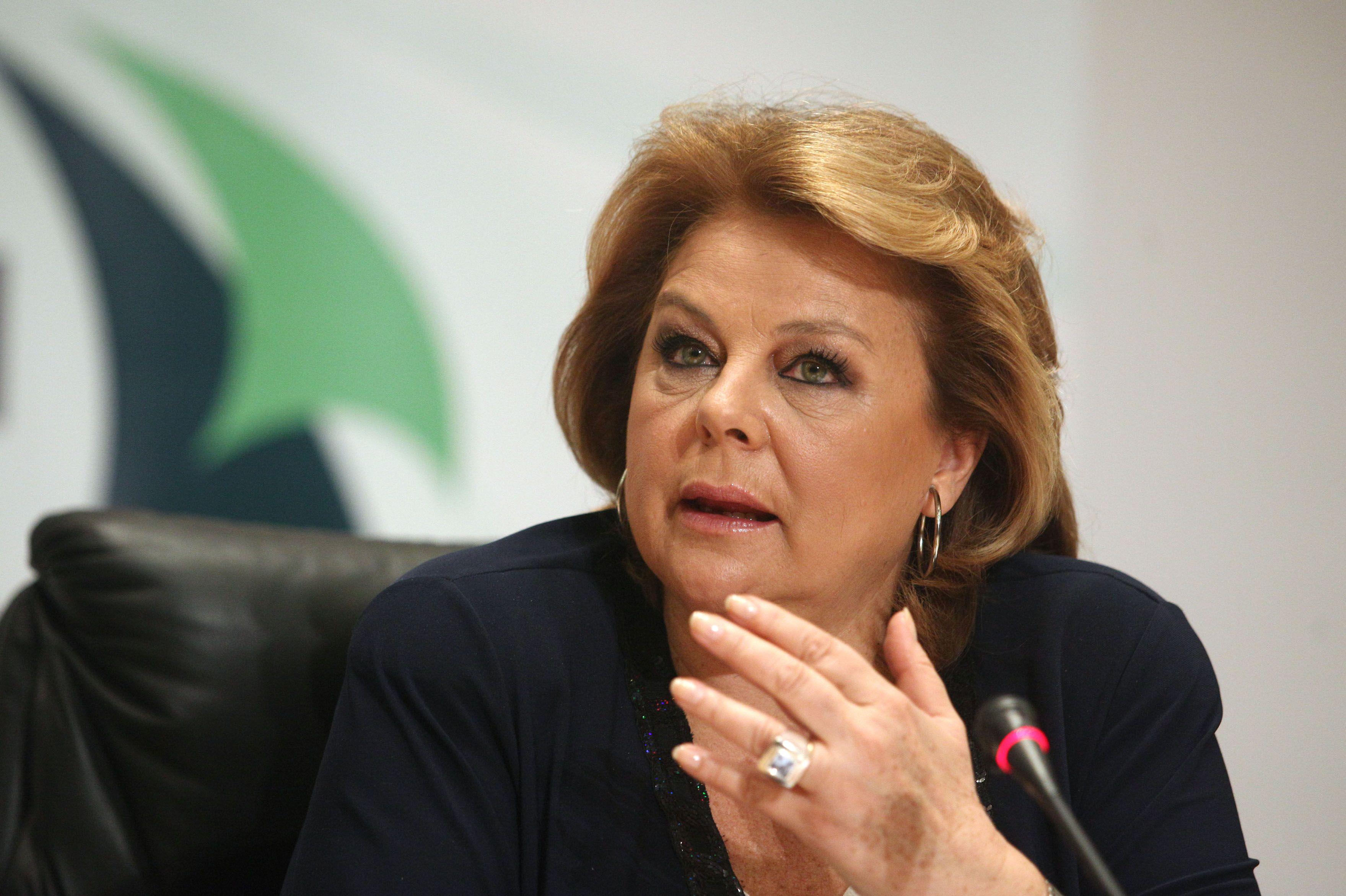 Η πολιτική Σαμαρά – Βενιζέλου ρίχνει τη χώρα στα βράχια, λέει η Λούκα Κατσέλη