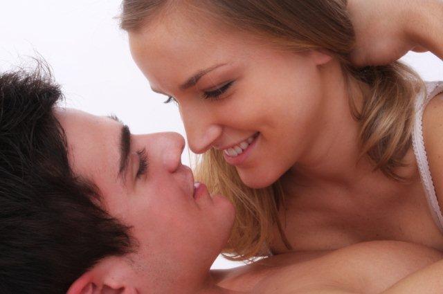 Απολαμβάνουν το σεξ τα ζευγάρια που μιλούν κατά τη διάρκειά του