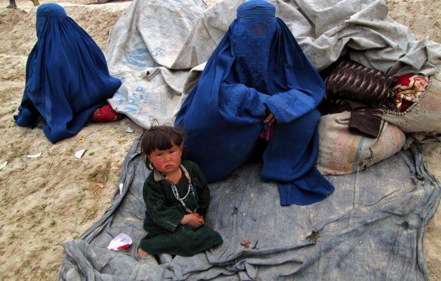 Θρήνος στο Αφγανιστάν για τα θύματα των κατολισθήσεων