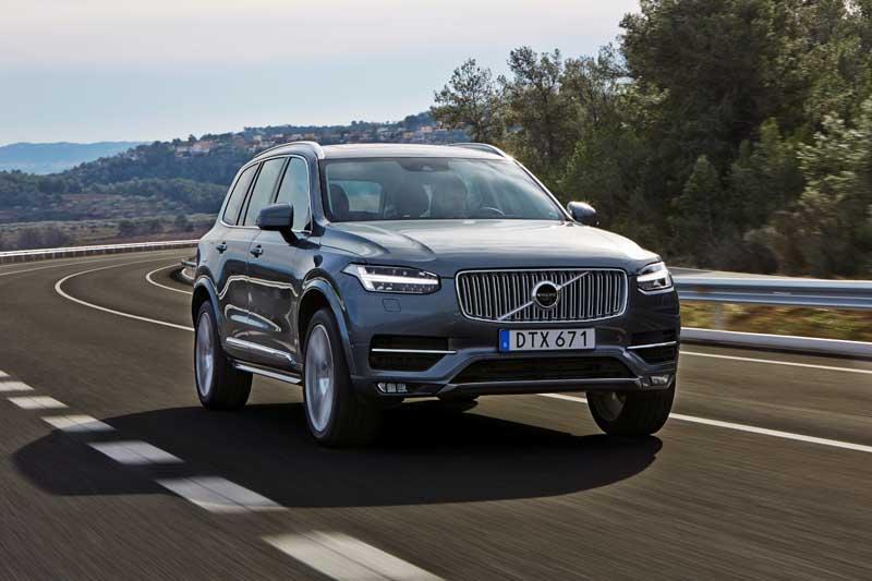 «Νίκη από το αποδυτήρια» για το νέο Volvo XC90 -σταθερή αξία το XC60