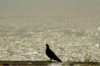 Φωτοχημικό νέφος θα ταλαιπωρεί επί χρόνια την Αθήνα, δηλώνει η Greenpeace
