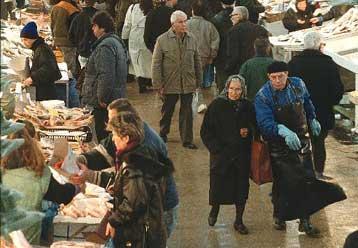 Τα σοβαρά οικονομικά προβλήματα των Ελλήνων επιβεβαιώνει η ...