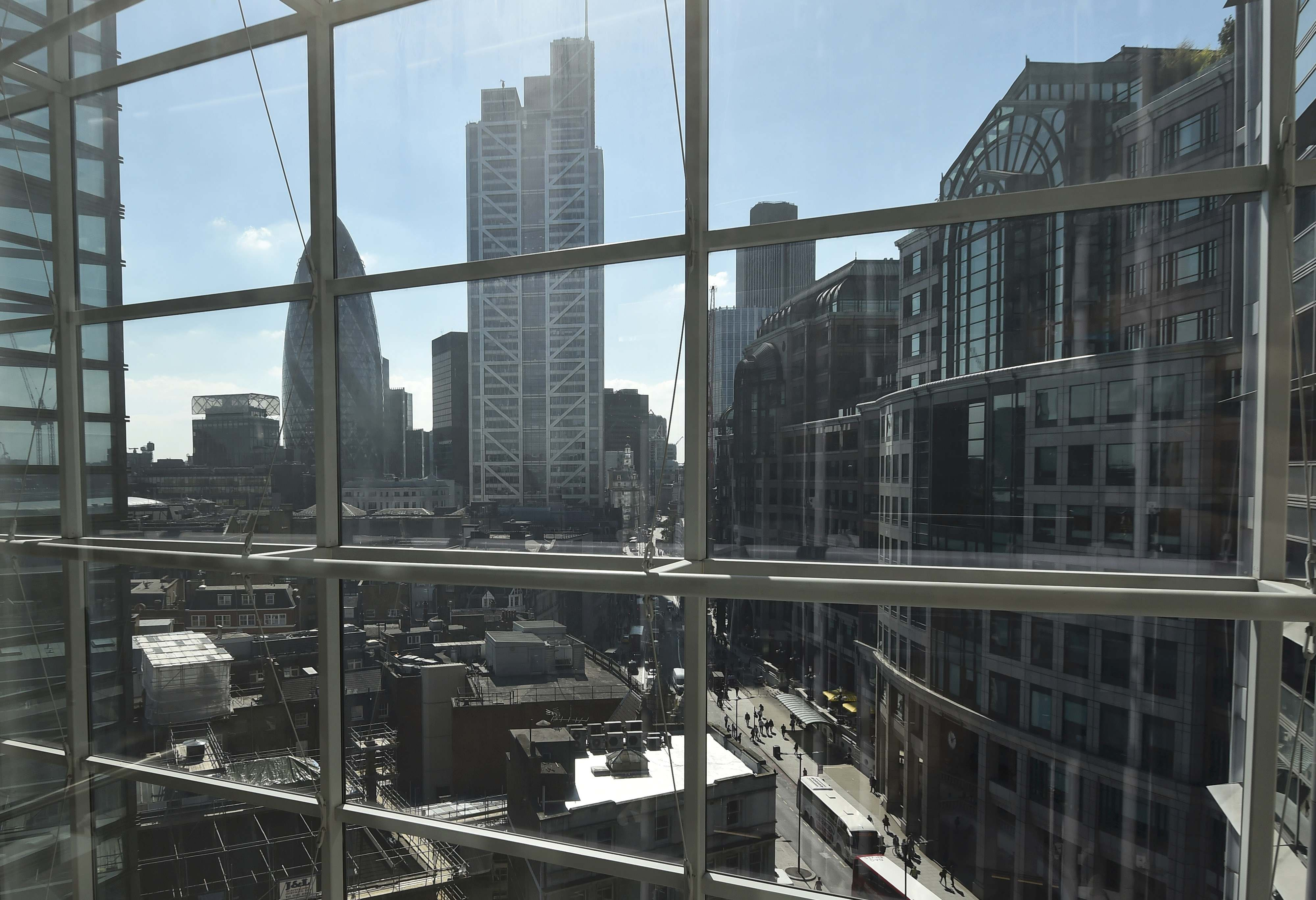 york states financial watchdog - 880×587