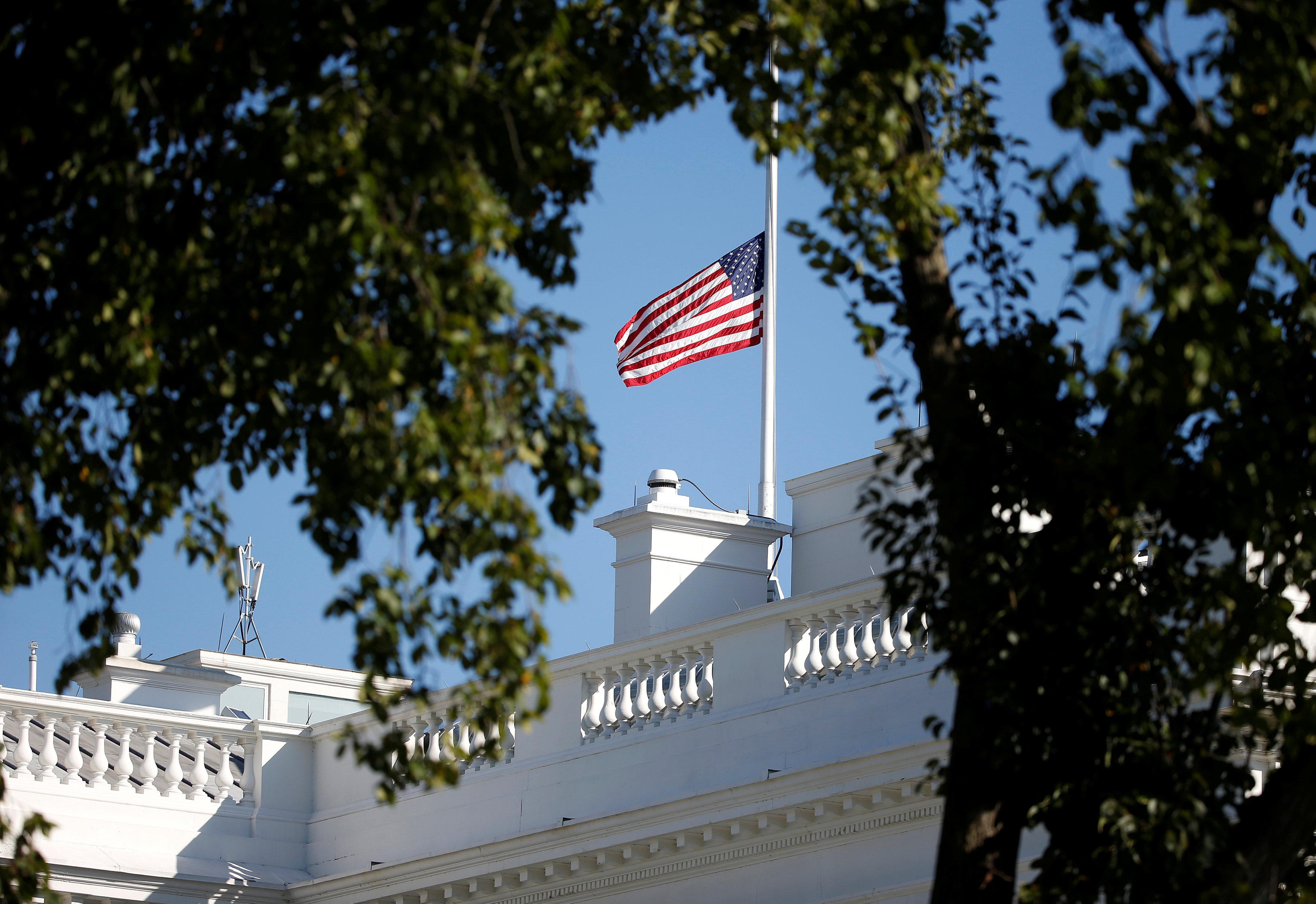 Oι ΗΠΑ χαιρετίζουν την καταδίκη Μλάντιτς για εγκλήματα πολέμου