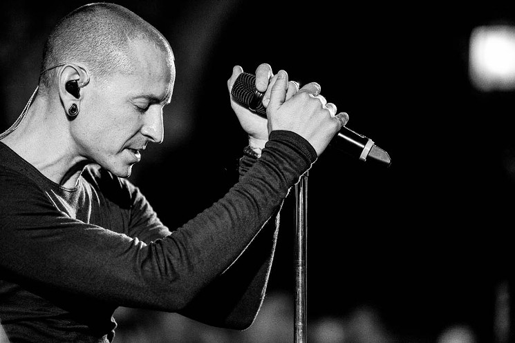Chester Bennington : Ένας χρόνος χωρίς τον χαρισματικό τραγουδιστή ...