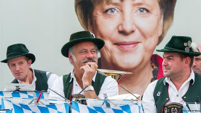 Σόιμπλε: Η Μέρκελ δεν είναι πια αδιαμφισβήτητη