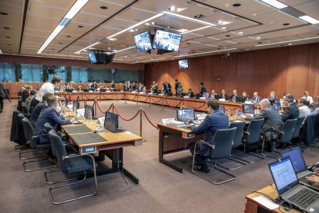 Σε έκτακτο Eurogroup το Νοέμβρη η απόφαση για συντάξεις   in.gr