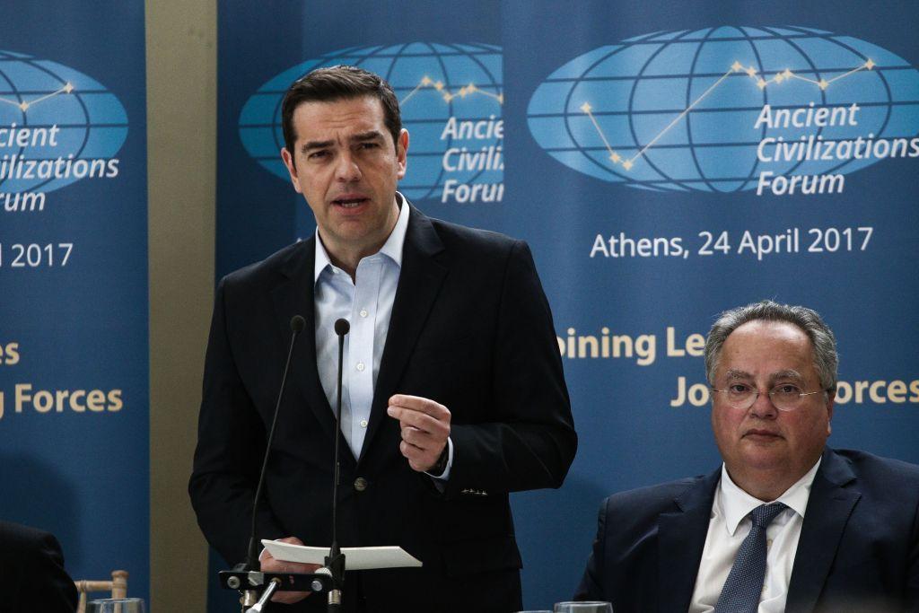 Παραιτήθηκε ο Νίκος Κοτζιάς – Ο Αλέξης Τσίπρας αναλαμβάνει το Υπουργείο Εξωτερικών | in.gr