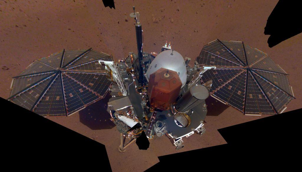 «Σέλφι» στον Άρη τράβηξε το InSight