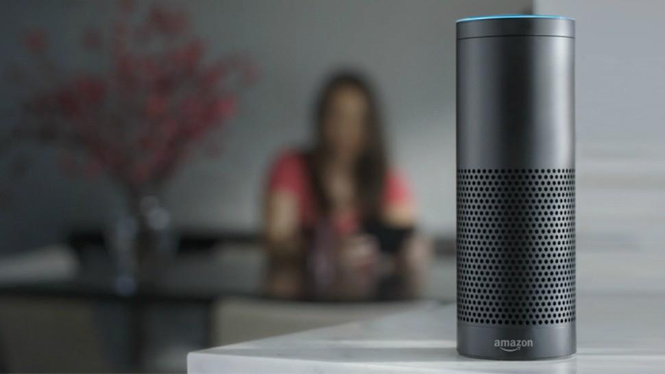 Amazon: Η Alexa δεν μπορούσε να απαντήσει αν πιστεύει στον Άγιο Βασίλη