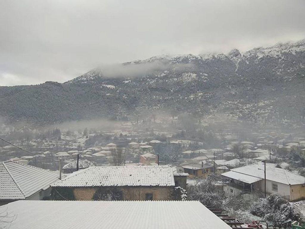 Πολικές θερμοκρασίες στη χώρα: Έως -13 βαθμούς στον Παρνασσό | in.gr