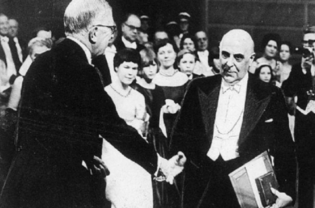 Αποτέλεσμα εικόνας για Γιώργος Σεφέρης : Η συγκλονιστική ομιλία του όταν πήρε το Νόμπελ