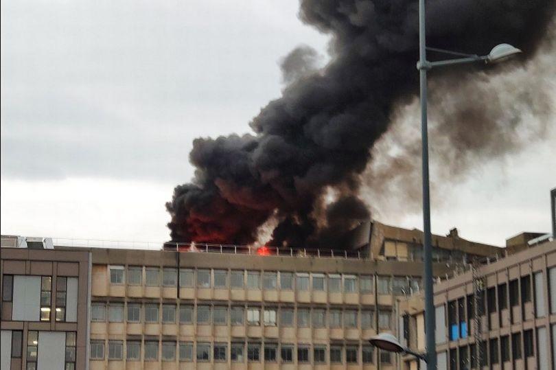 Ισχυρή έκρηξη στην πανεπιστημιούπολη της Λυών – Τρεις τραυματίες
