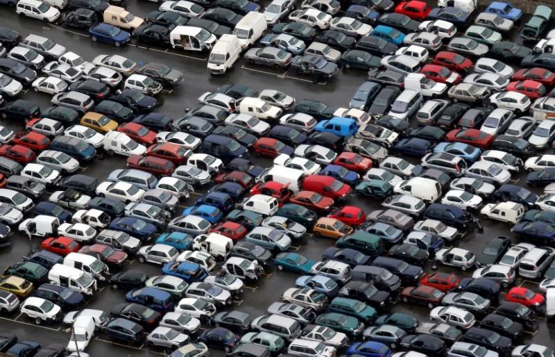 Αποφασισμένος ο Τραμπ για δασμούς στα ευρωπαϊκά αυτοκίνητα