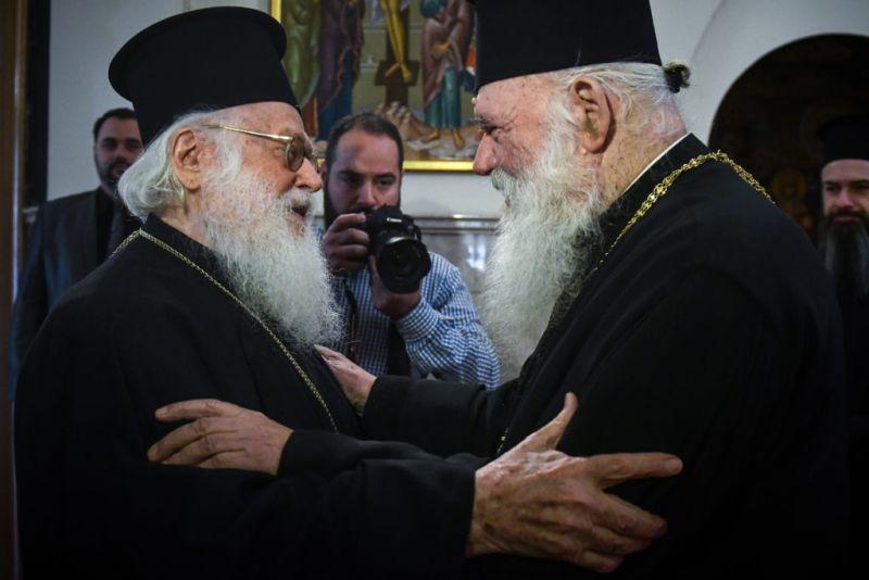 Συνάντηση Ιερωνύμου και Αναστασίου στην Αρχιεπισκοπή Αθηνών