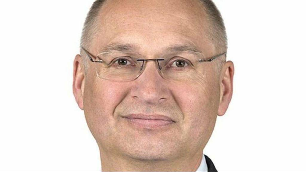 Βουλευτής έκλεψε σάντουιτς και εξαναγκάστηκε σε παραίτηση | in.gr