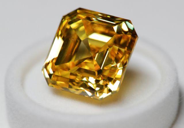 Εμπλοκή τεσσάρων ιταλικών τραπεζών στη μεγάλη απάτη με τα διαμάντια