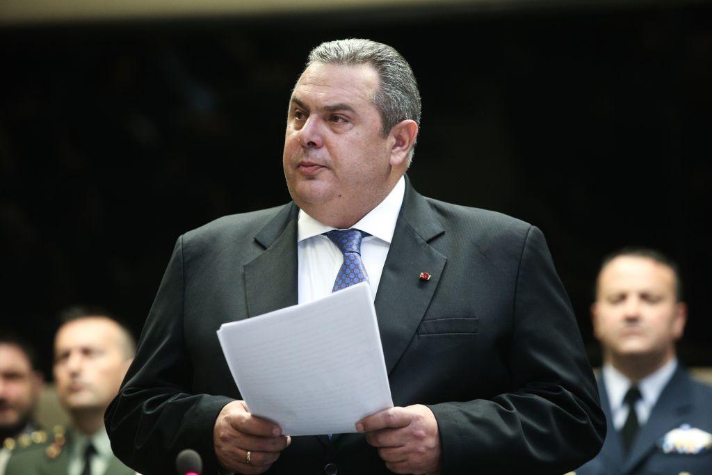 Νέο μελόδραμα Καμμένου  Ο Τσίπρας «απαλλοτρίωσε» βουλευτές των ΑΝΕΛ με  αντάλλαγμα κυβερνητικές θέσεις ... eddb78e2e57
