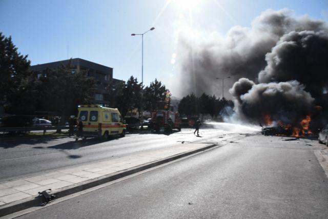 Έκρηξη στη Γλυφάδα: Eνδεχόμενο εγκληματικής ενέργειας (photos +videos)