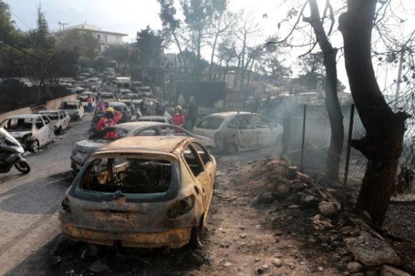 Πόρισμα εισαγγελέων: Το απόλυτο χάος κατά τη διάρκεια της πυρκαγιάς στο Μάτι