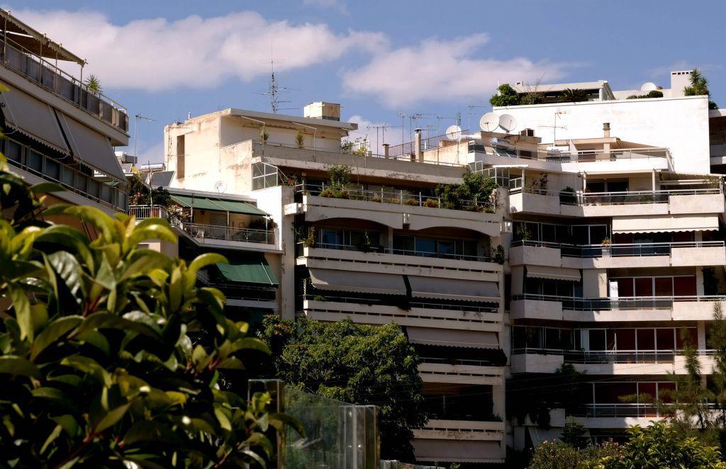 «Εμπλοκή» με την προστασία πρώτης κατοικίας; – Χιλιάδες δανειολήπτες με την πλάτη στον τοίχο | in.gr