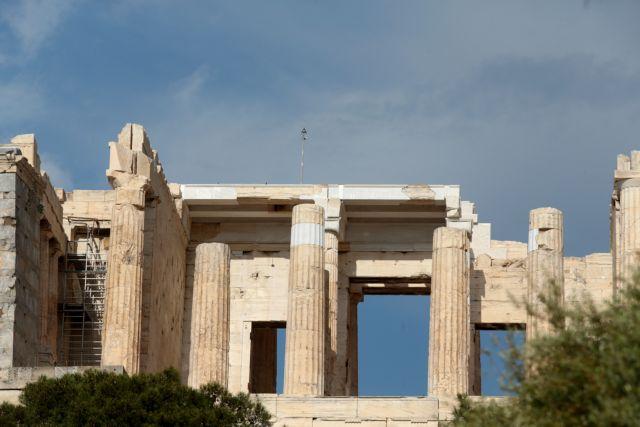 Έκλεισε η Ακρόπολη για λόγους ασφαλείας – Ποια η κατάσταση των τραυματιών από τον κεραυνό | in.gr