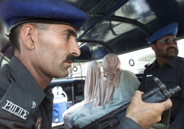 Πακιστάν: Νοσηλεύτρια σκοτώθηκε επειδή εμβολίαζε