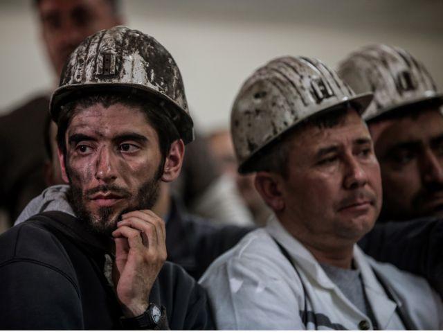 Ουκρανία: Τρεις νεκροί και 14 αγνοούμενοι από έκρηξη σε ανθρακωρυχείο