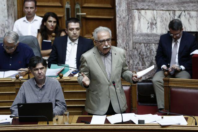 Βουλή: Ειρωνείες Γαβρόγλου σε ΝΔ και ΚΚΕ
