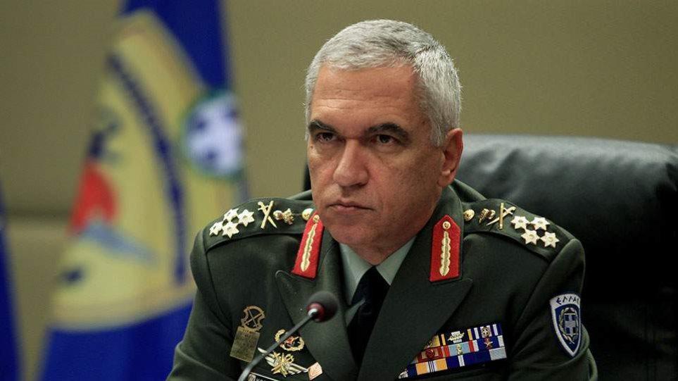 Νέα πυρά Κωσταράκου κατά Αποστολάκη: Προσπαθεί να εμπλέξει τις Ε.Δ. σε πολιτικά παιχνίδια