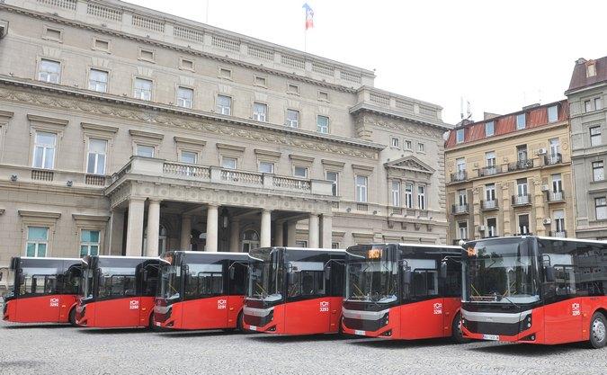 Βελιγράδι: Αποσύρει τα τουρκικά λεωφορεία... Αναπτύσσουν μόνα τους ταχύτητα! (Φωτό)