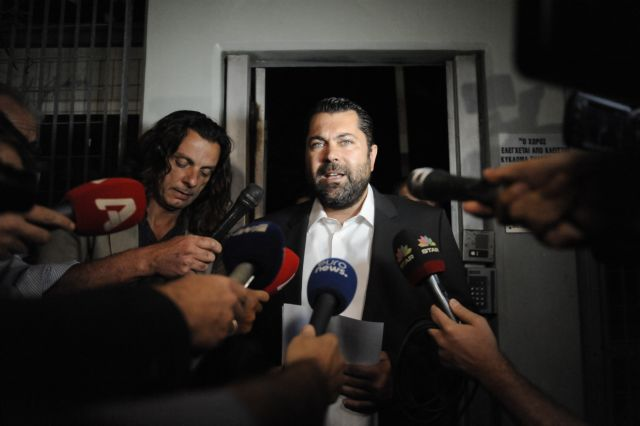 Kretsos' luxury yacht cruise exposes government, again