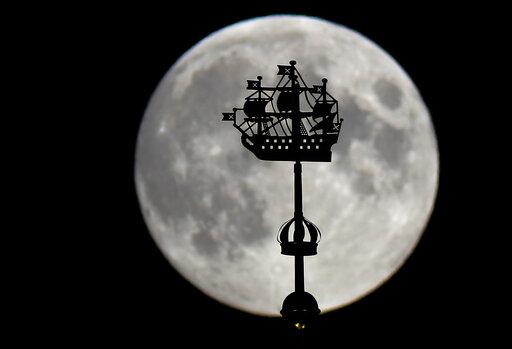 Τα περίεργα: Δέκα πράγματα που δεν γνωρίζατε για το φεγγάρι