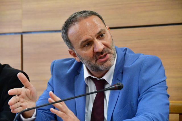 Εύβοια: Ξύλο με πρώην υφυπουργό μέσα σε εκλογικό κέντρο   in.gr