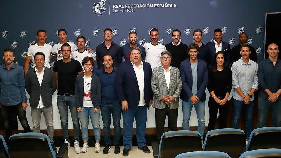 Τρεις πρώην παίκτες του Ολυμπιακού πήραν το δίπλωμα UEFA Pro