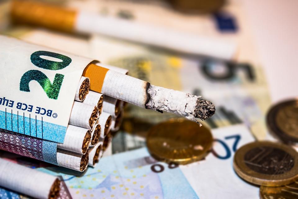 Κύκλωμα λαθρεμπορίας καπνού μέσω ταχυδρομείων εντόπισε η ΑΑΔΕ!