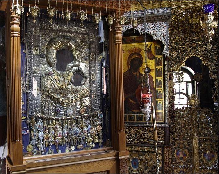 Συνελήφθη ο ιερόσυλος που έκλεψε τάματα από τη Μονή Ιβήρων