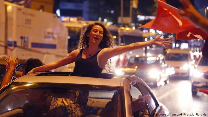 «Η αρχή του τέλους του Ερντογάν»; Τι λένε τα γερμανικά ΜΜΕ
