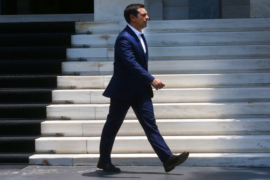 Στον Παυλόπουλο αύριο το απόγευμα ο Τσίπρας – Τελευταία ζαριά για να γλιτώσει νέα συντριβή | in.gr