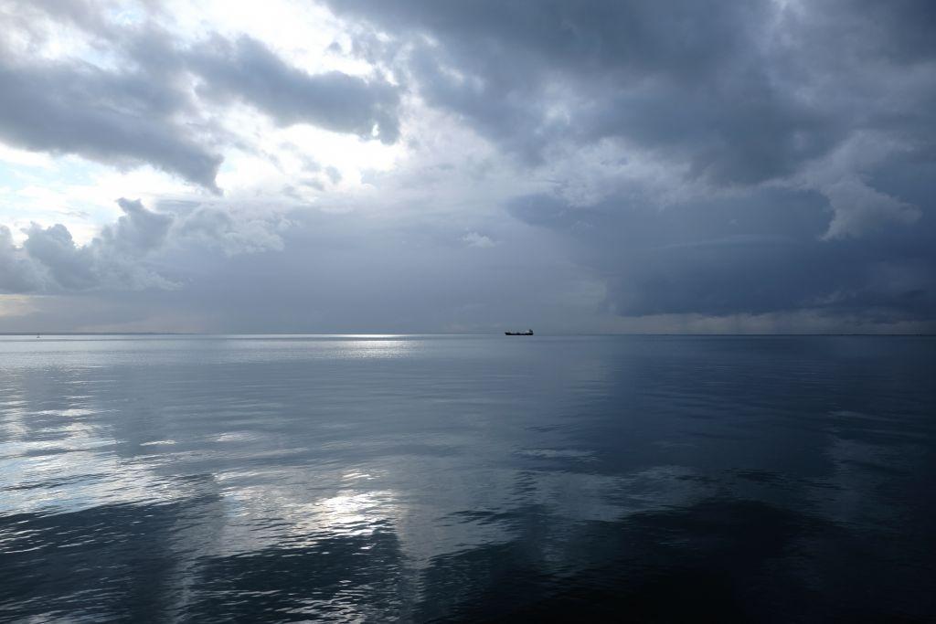 «Σαρώνει» ο Αντίνοος: Καταιγίδες, χαλάζι και δυνατοί άνεμοι