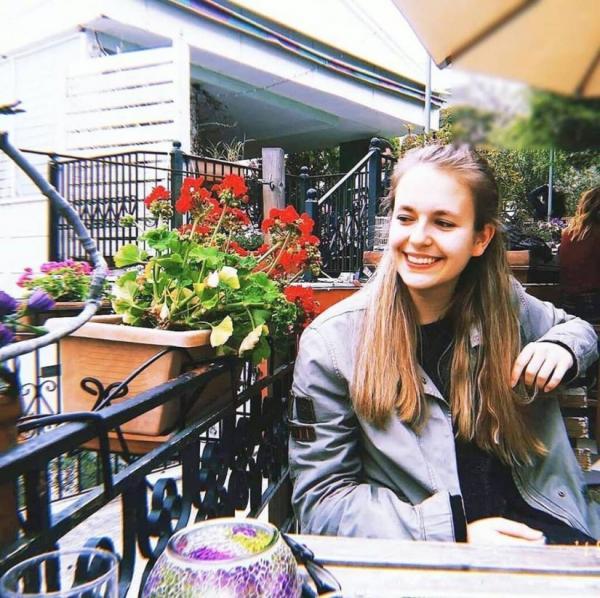 Γκλέτσος: Η κόρη του έγινε 17 ετών και είναι μία κούκλα