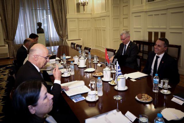 Γερουσιαστής Μενέντεζ: Η Τουρκία παραβιάζει τον ελληνικό εναέριο χώρο και διεξάγει παράνομες γεωτρήσεις