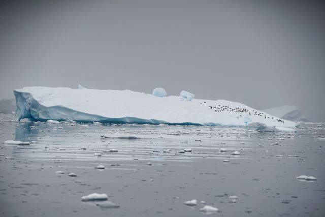 Κλιματική αλλαγή : Να βομβαρδίσουμε την Ανταρκτική με τεχνητό χιόνι
