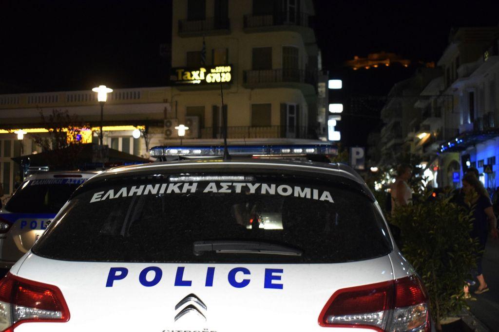 Ενοπλη επίθεση ρομά σε αστυνομικούς – Εμβόλισαν και το περιπολικό