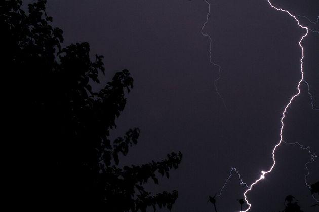 Κατέγραψε τη φονική καταιγίδα της Χαλκιδικής από αεροπλάνο