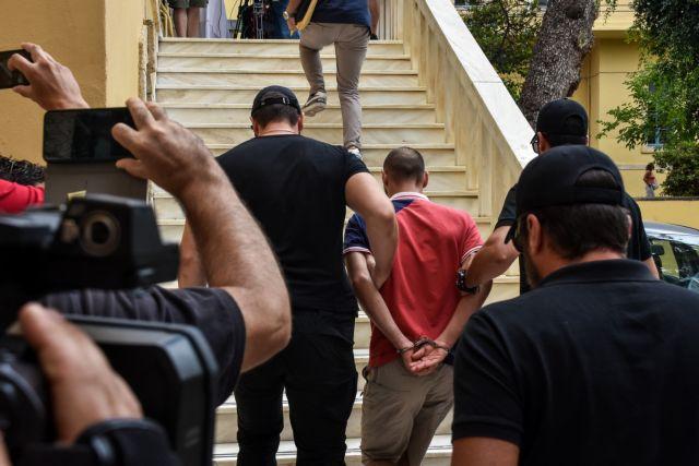 Νέες αποκαλύψεις για την δράση του 27χρονου δολοφόνου στα Χανιά: Οι καταγγελίες και οι έρευνες της ΕΛΑΣ! (Φωτό)