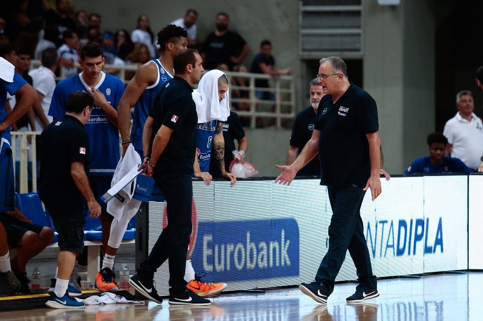 Σκουρτόπουλος: «Θα δούμε μήπως φωνάξουμε τον Μάντζαρη πίσω, έχουμε δηλώσει και τον Μποχωρίδη»