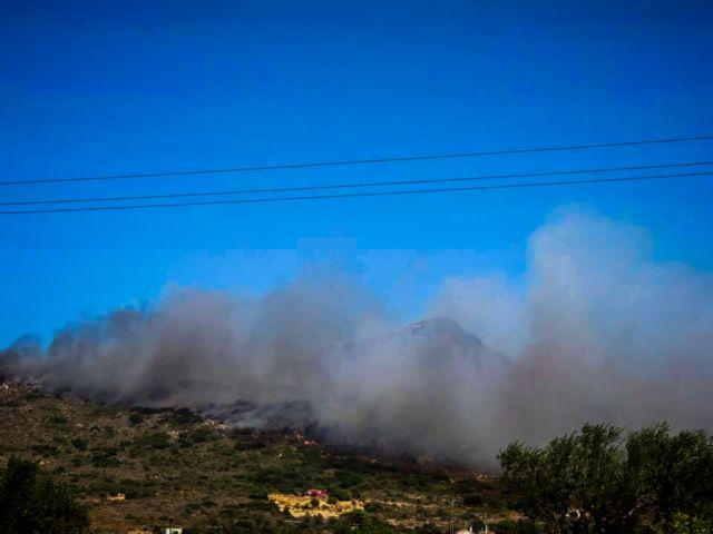 Φωτιά και στον Ασπρόπυργο | in.gr
