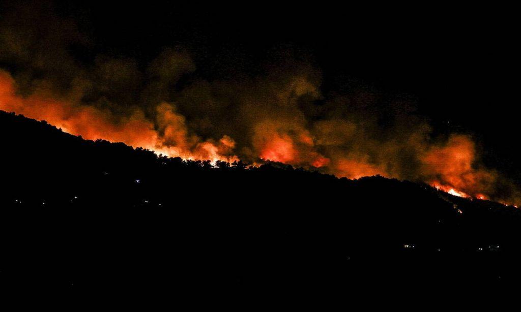 Υπό έλεγχο η πυρκαγιά στην Ελάτη Κοζάνης!